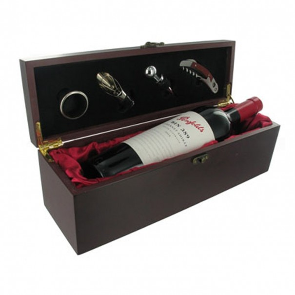 Wine Gift Box with Accessories
