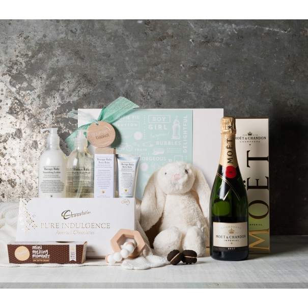 Say Congratulations in Style Baby Gift Set
